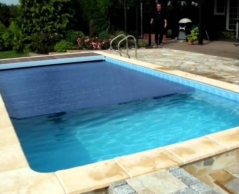Rolloabdeckung für Swimmingpool